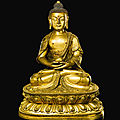 A gilt-bronze figure of buddha, 17th-18th century