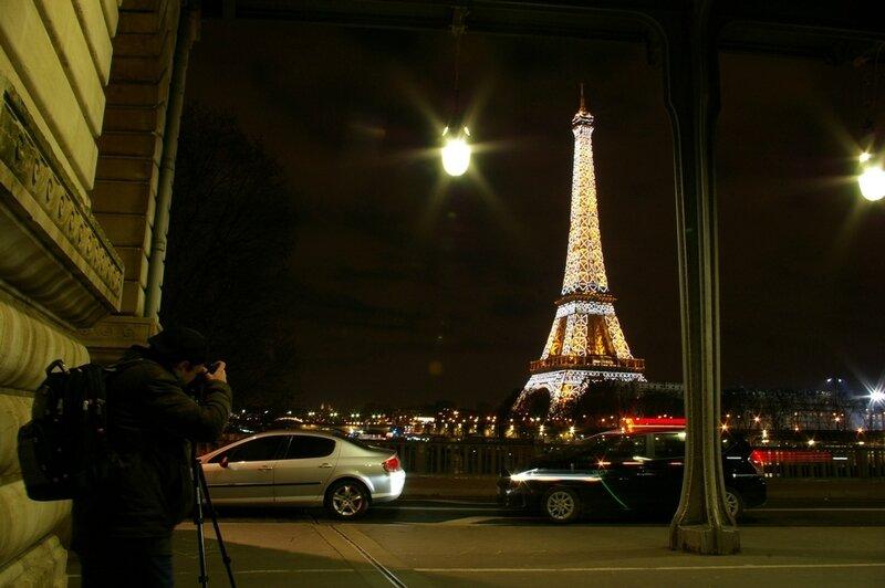 Moi en train de shooter la tour Eiffel.