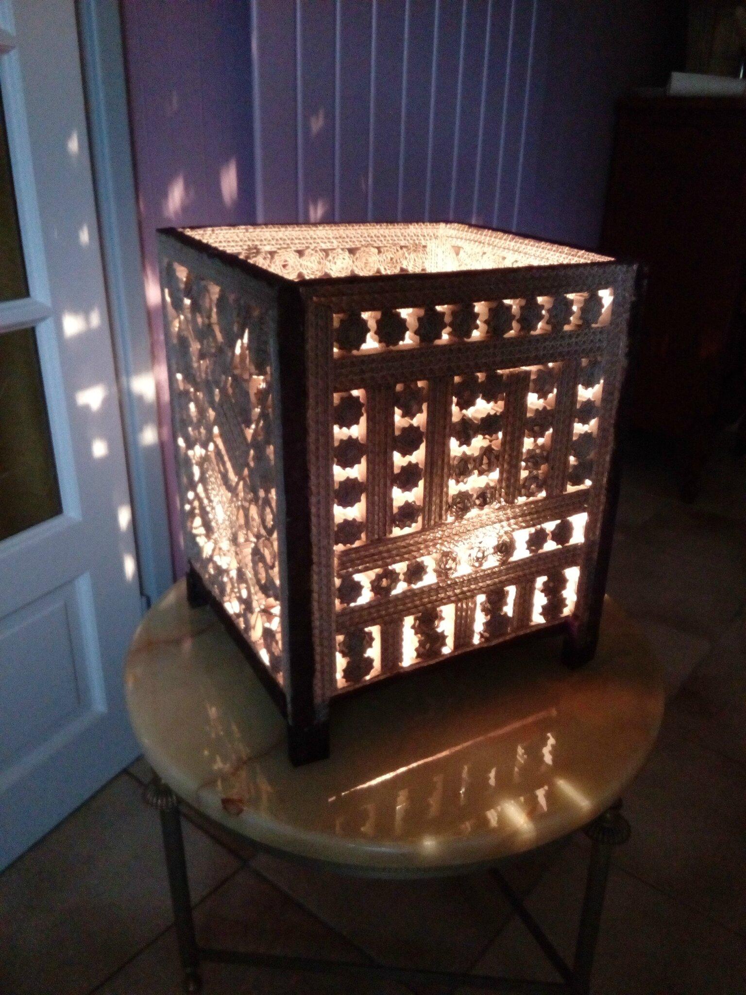 LAMPE STYLE ORIENTALE