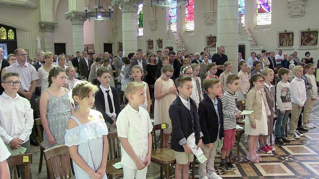 2018-05-27-entrées en eucharistie-VIEUX-BERQUIN (23)