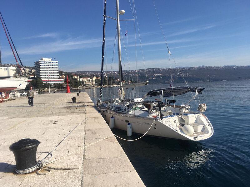 Opatija, le Sun Odyssey Quint II à quai, 12 mars 2020 (2)
