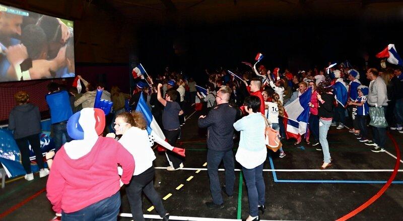 FRANCE ISLANDE 2016 salle Carpentier but Drogba