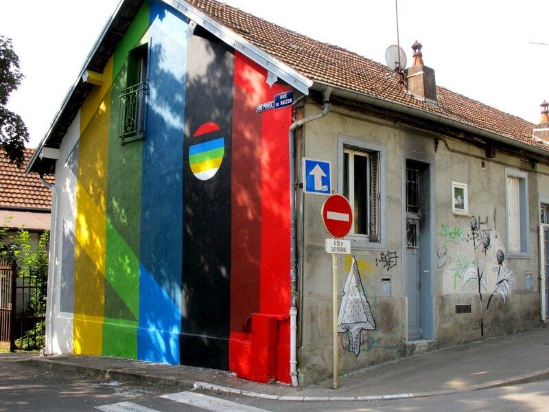 street art rue balcon 1