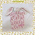 Doudou marionnette lapin blanc a fleurs et oiseau rose petit bonheur sergent major