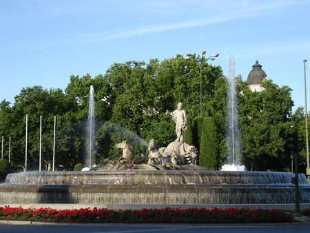 Plaza_de_Canovas_del_Castillo__2_