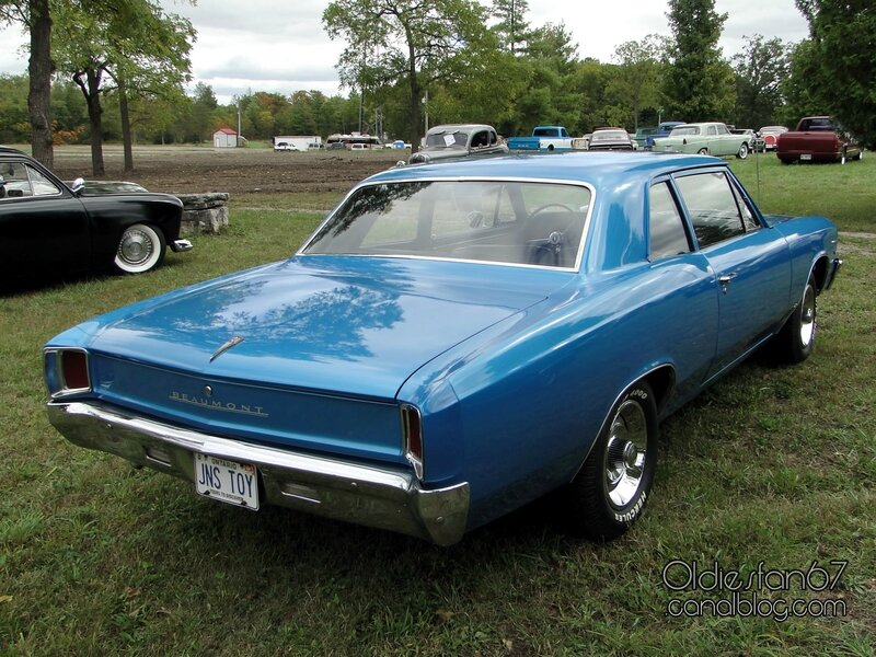 beaumont-2door-sedan-1967-02
