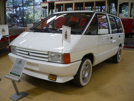 RENAULT_Espace_GTS_Papamobile_1986_Rochetaill_e__2_