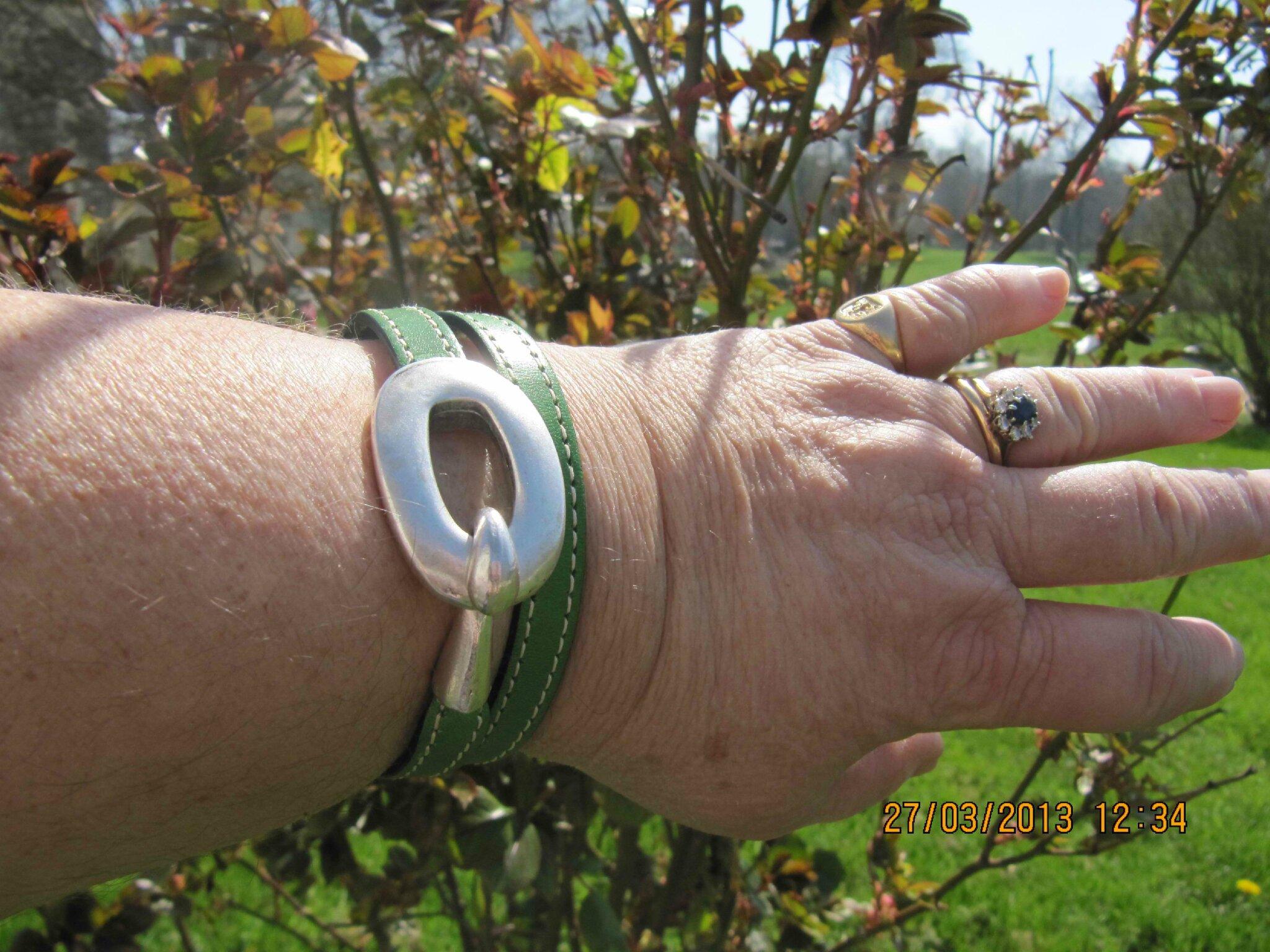 Le bracelet Boucle (vert) de Véronique