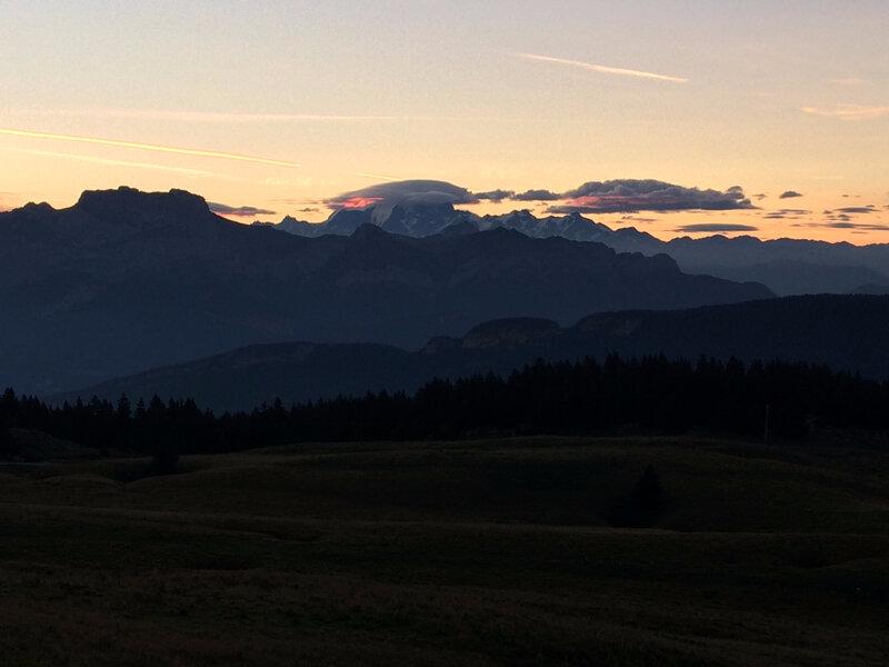 le Mont Blanc et son chapeau nuageux