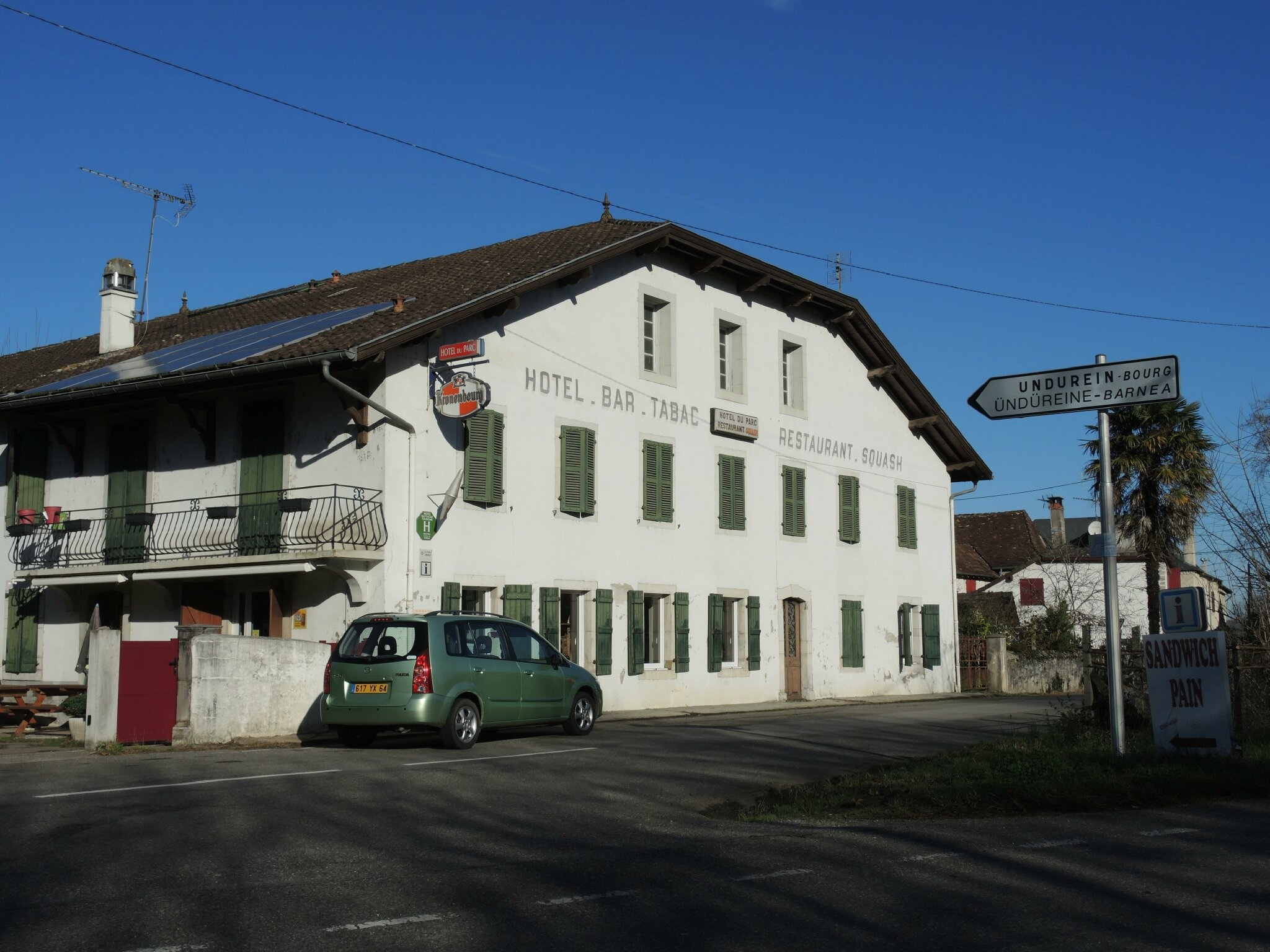Undurein, bar-resto-hôtel (64)