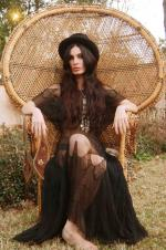Wicker_sitting_inspiration-model-012-1