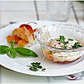 Quoi de plus simple et de meilleur qu'un oeuf cocotte? oeuf cocotte, tomate reblochon basilic....