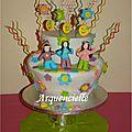 Gâteau Flower power hippie cake bougies buffet