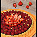 Tarte renversée chocolat, fraises, framboises