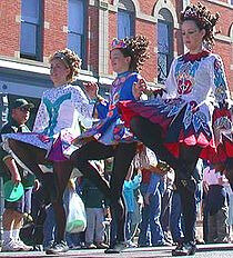 Girls_performing_Irish_step_dancing_in_a_St