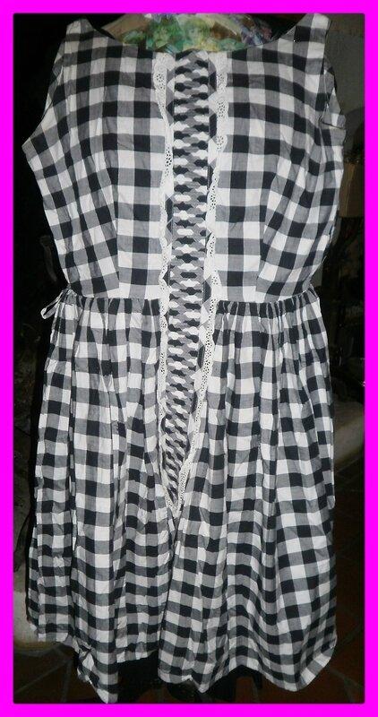 robe vintage vichy noir blanc