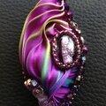 pendentif soie violet