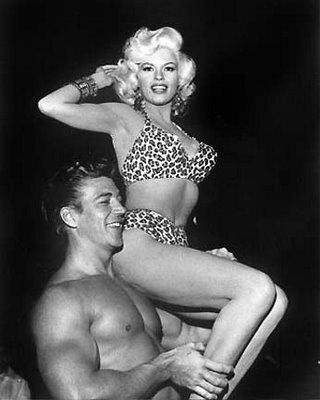jayne_bikini_leopard-1956-10-30-LA_paramount_sunset_studio-with_mickey-4-2