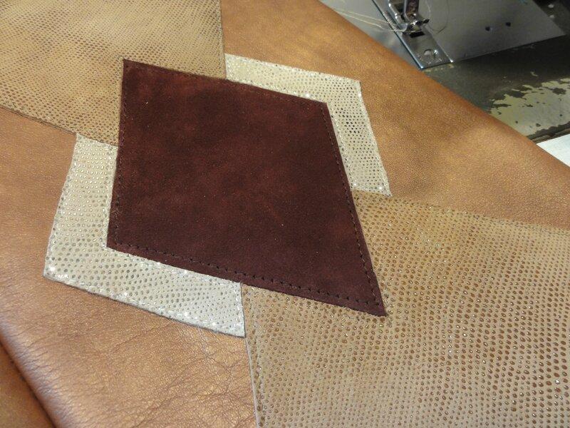 assemblage des différents cuirs