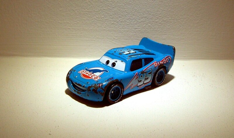 Flash McQueen (Dinoco)(Mattel-Cars)