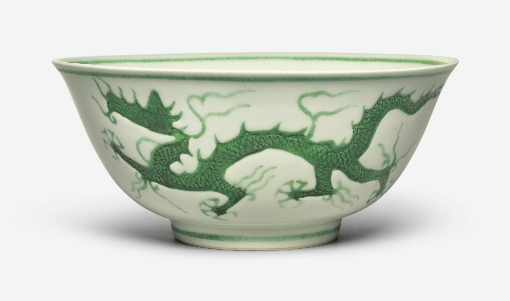 A fine green-enameled 'dragon' bowl, Zhengde mark and period (1506 – 1521)