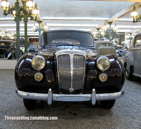 Daimler DF 302 limousine de 1954 (Cité de l'Automobile Collection Schlumpf à Mulhouse) 01