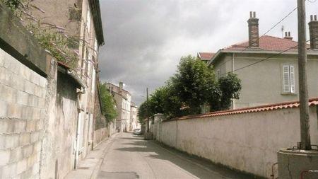 rue Loubet (18) vue descendante