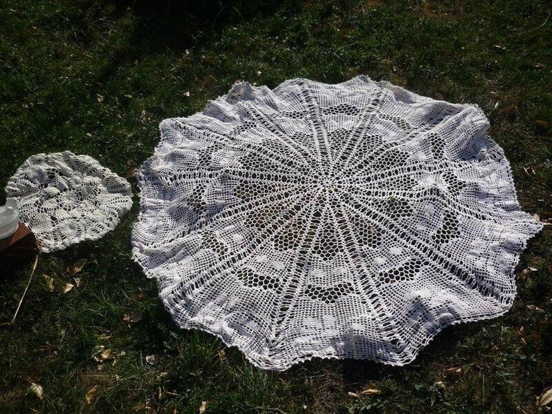 chine 2019 09 08 b grande nappe et napperon crochet