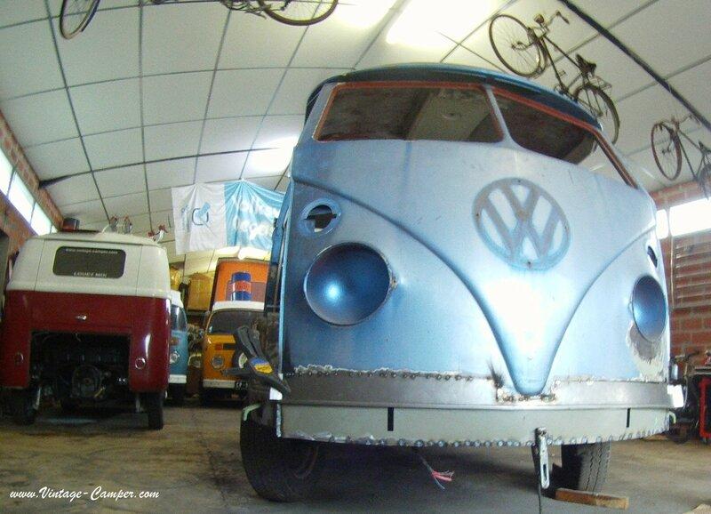 restauration combi split vintage camper face avant a louer 9