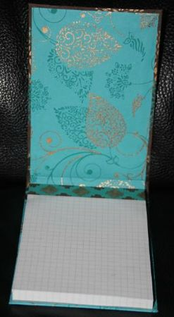 Bloc notes turquoise ouvert