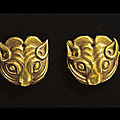 A pair of small ordos gold fittings, 6th-4th century bc