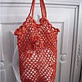 Mini-sac-rouge-suspendu