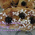 Briochettes au beurre de cacao fourrées aux mûres sauvages