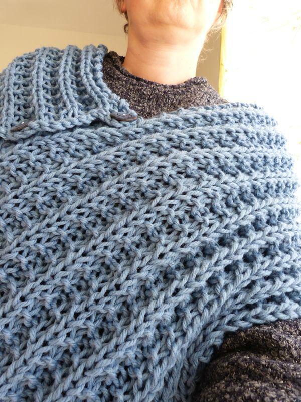 2f9df81854c Echarpe en laine au crochet