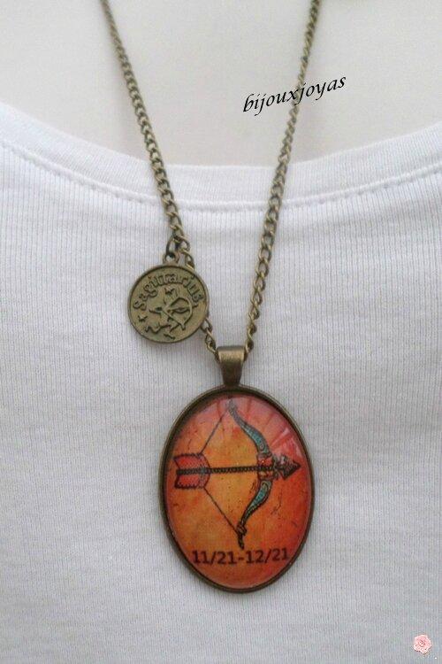 Pendentif Style Vintage Zodiaque Saggitaire Cabochon Verre Métal Couleur Bronze