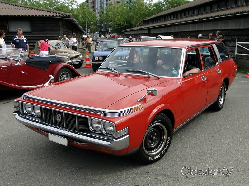 toyota crown 2600 custom wagon 1973 1974 a