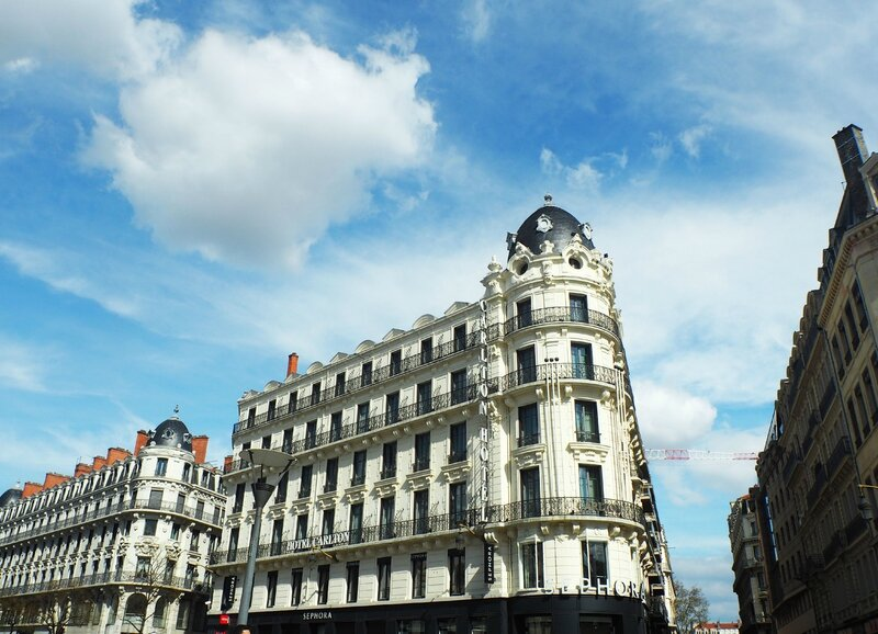 5-lyon-ma-rue-bric-a-brac