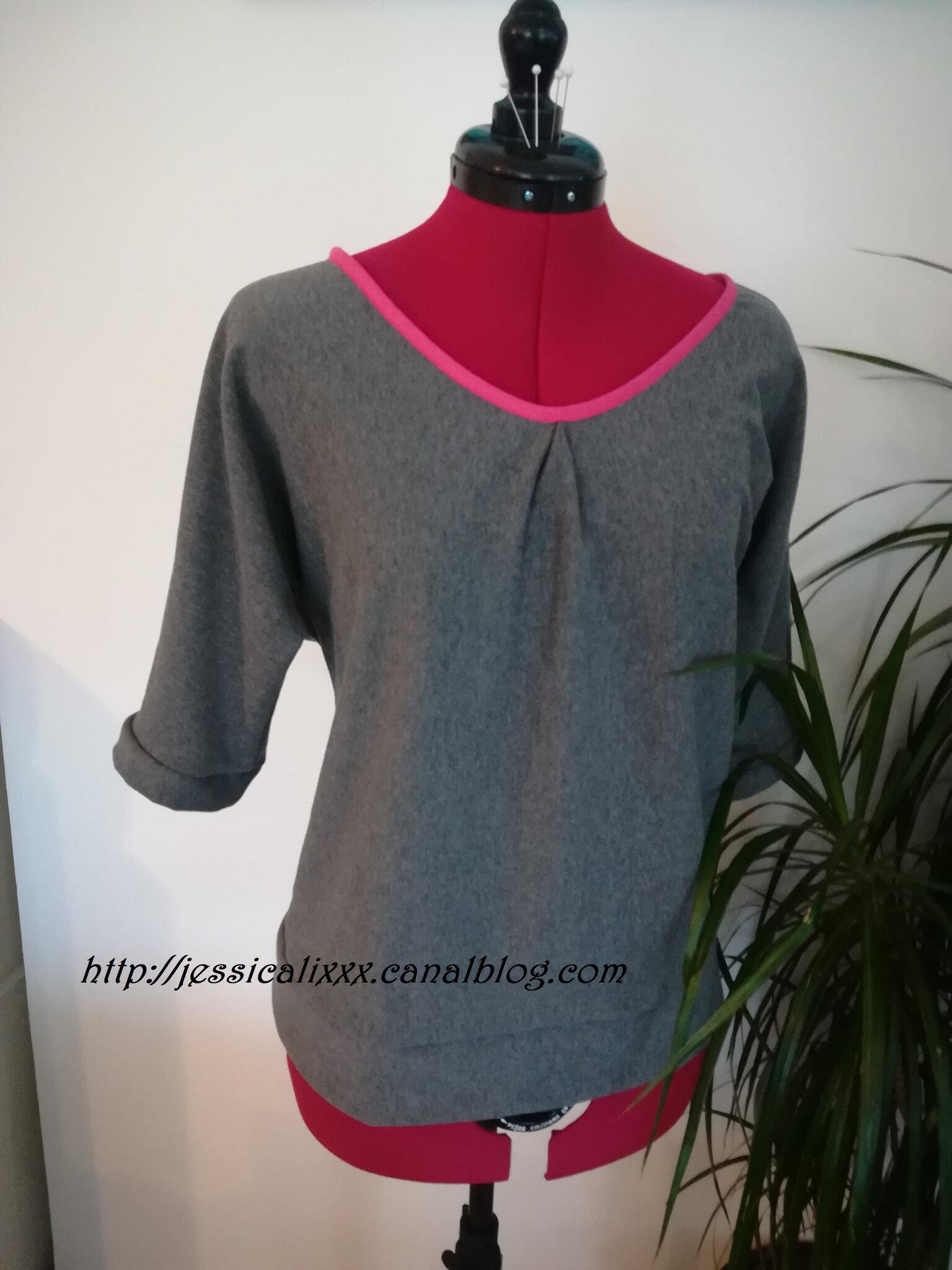 Tshirt loose, patron gratuit, en sweat gris tout doux tout confortable!!