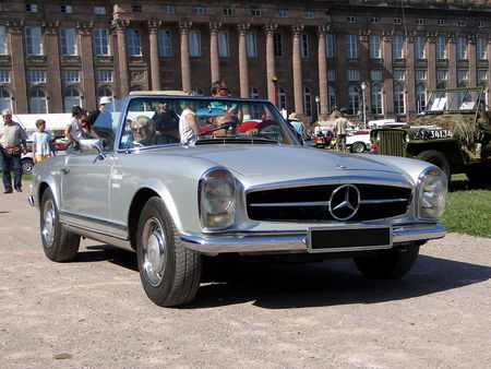 MERCEDES___BENZ_230_SL_Pagode_Roadster