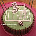Gâteau d'anniversaire theme rugby