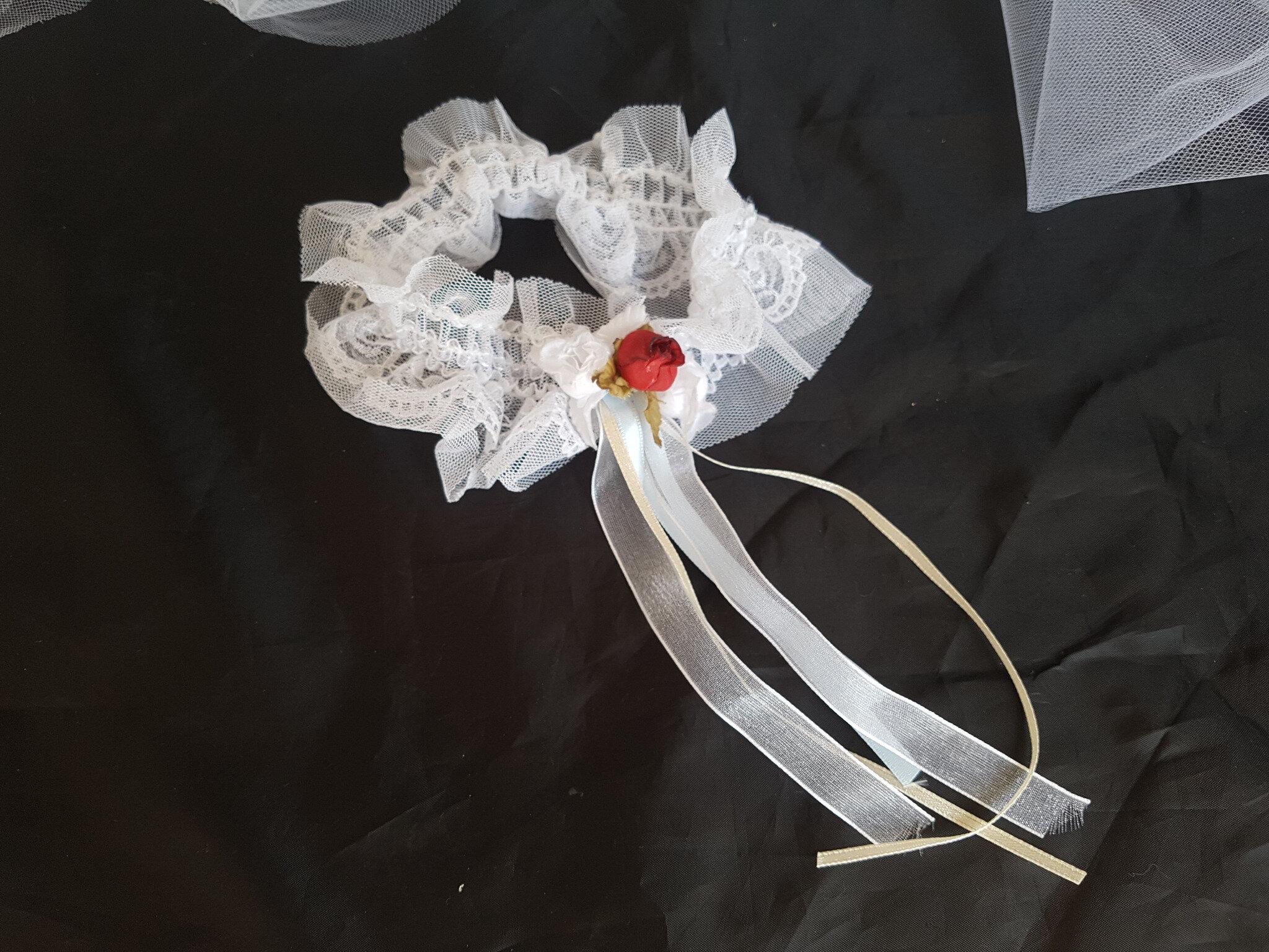 Jarretières pour mariage, tons blanc, fuschia, turquoise, bordeaux
