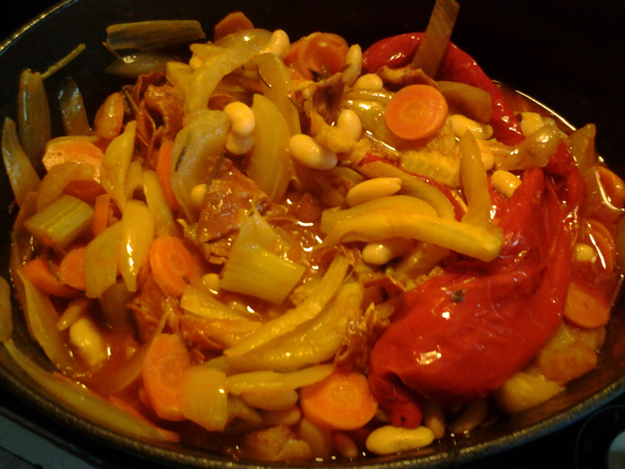 Cocotte de haricots et légumes au chorizo