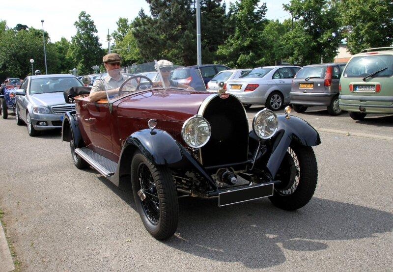 Bugatti type 44 tourer de 1929 (Retrorencard juin 2010) 01