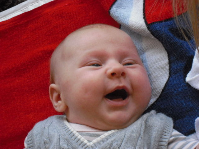 Manon à 4 mois