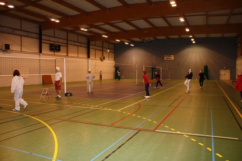 2009-12-10_volley_deguise_murs_IMG_4476