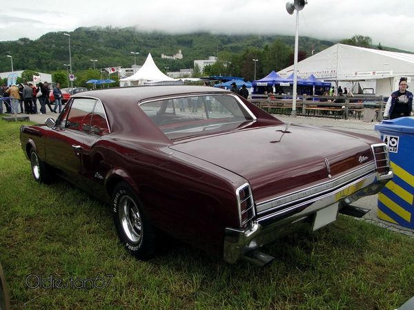 oldsmobile cutlass holiday hardtop coupe 1966 b