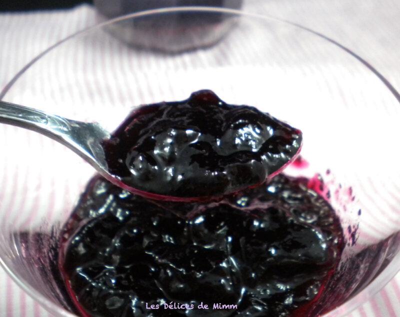 Gelée de raisins noirs à la crème de cassis 2