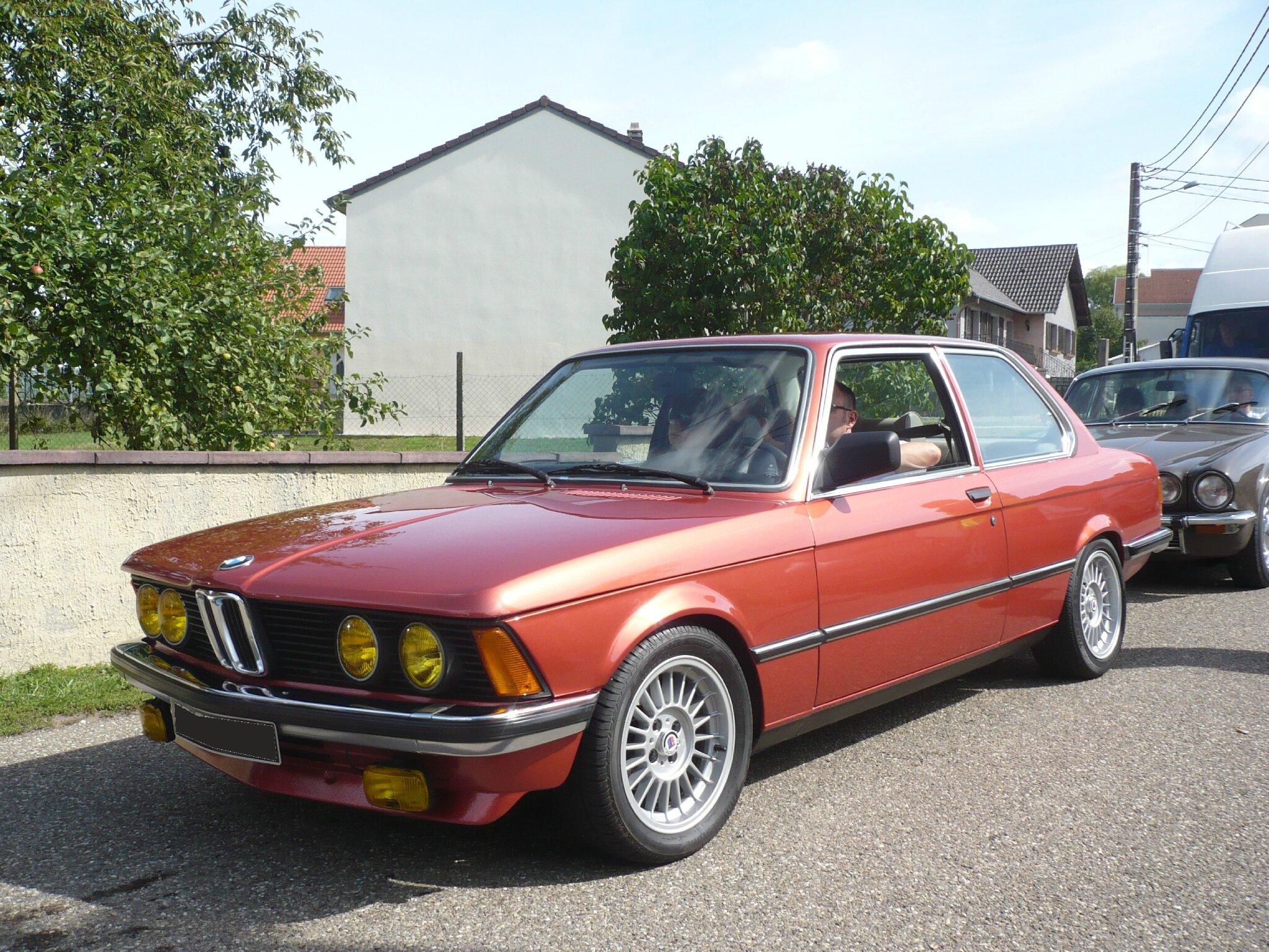 BMW 320 type E21 Hambach (1)