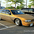 Chevrolet caprice wagon custom (Rencard du Burger King mai 2011) 01