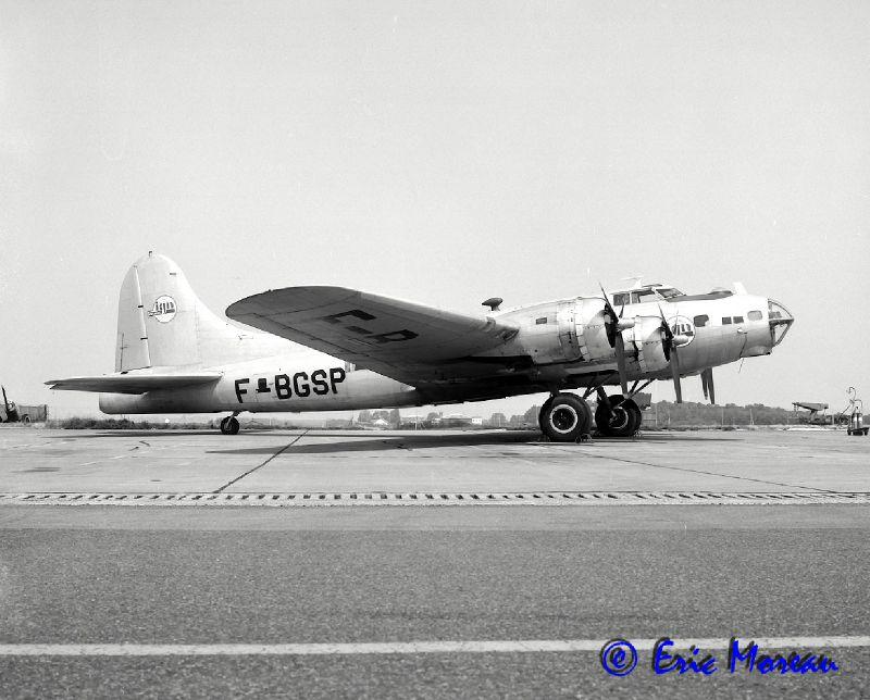 B-17 F-BGSP Profil D Creil 160580 EM